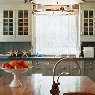 summer kitchen Southampton NY white cabinets