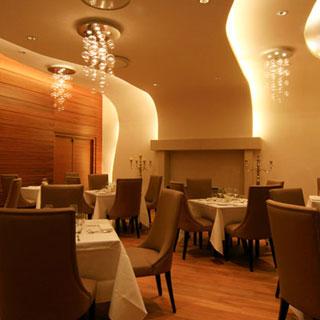 restaurant Nice, France elegant chandeliers