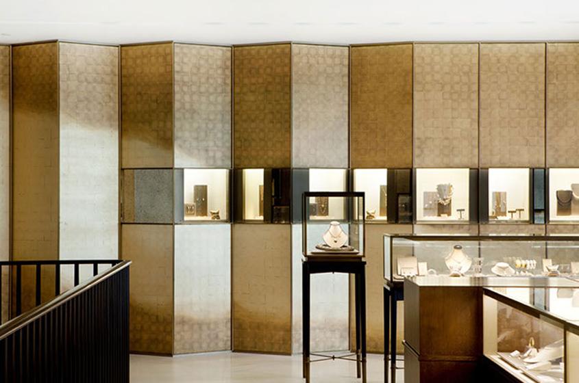Tiffany's retail elegant chic jewel box display